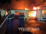 Xưởng nến công ty Aroma Bay cháy ngùn ngụt trong đêm