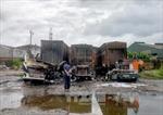 3 xe container cháy rụi tại Hải Phòng