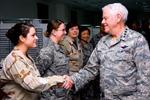 Đại tướng Mỹ bị tố quấy rối tình dục nữ Đại tá