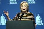 """Sai lầm chết người, bà Clinton """"mang dao đi đấu súng"""""""