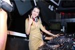 DJ Trang Moon đọ vẻ nhí nhảnh với DJ Hàn Quốc