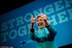 Trang web cá cược trả triệu USD cho người đặt bà Clinton thắng