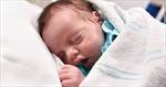 Kỳ diệu bé gái được sinh ra hai lần