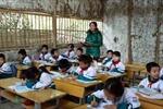 Quan tâm tới giáo viên vùng khó