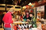 Việt Nam tham gia Hội chợ Giáng sinh từ thiện Praha 2016