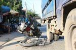 Xe khách đâm xe chở mía khiến 11 người bị thương
