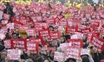 Nghị sĩ Hàn Quốc dọa từ chức tập thể nếu Tổng thống không bị luận tội