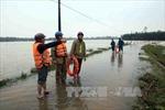 Hàng ngàn hộ dân vùng căn cứ địa bị cô lập trong nước lũ
