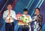 Tuyên dương 10 công dân trẻ tiêu biểu Thành phố Hồ Chí Minh