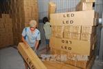 Phát hiện kho hàng chứa hàng chục nghìn bóng đèn led nhập lậu