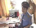 Một khách người Anh được trả lại tài sản bỏ quên trên tàu SE7 Đà Nẵng - Nha Trang
