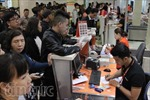 Cận Tết, sân bay Tân Sơn Nhất đông nghẹt hành khách từ tờ mờ sáng