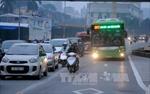Thí điểm lắp dải phân cách cứng bảo vệ làn đường xe buýt nhanh