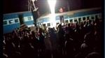 Tàu hỏa trật ray tại Ấn Độ, hơn 100 người thương vong