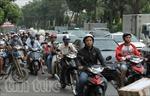 Bến xe đông nghẹt người về quê đón Tết