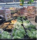 Hoa tươi 'hét giá' dịp Tết, thực phẩm không biến động nhiều