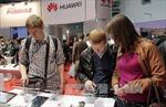 Mải cạnh tranh, Samsung và Apple bị Huawei bám đuổi quyết liệt