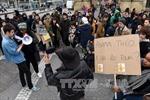 Hàng nghìn người tiếp tục biểu tình phản đối bạo lực cảnh sát ở Pháp