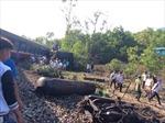 Khắc phục hậu quả vụ tàu Bắc-Nam đâm xe container tại Huế