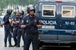 Cảnh sát Tây Ban Nha nổ súng, bắt lái xe tải chở gas bị nghi tấn công khủng bố