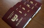 Nhu cầu hộ chiếu Donetsk tăng vọt sau khi được Nga công nhận