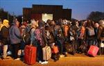 Phát hiện nhiều người di cư chết ngạt trong container ở Libya