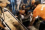 Xe diễu hành lễ hội Carnaval bị lật, 9 người bị thương