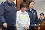 Hàn Quốc rút giấy phép của 2 quỹ liên quan đến bà Choi Soon-sil