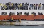 Hàn Quốc bắt đầu trục vớt phà Sewol