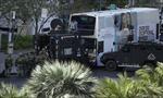 Tay súng bắn chết người tại Mỹ, cố thủ trong xe buýt