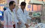Phẫu thuật tim thành công cho bé gái sinh non nặng chưa tới 900 gram