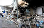 Xe tải mang bom nổ rung chuyển Baghdad, 17 người chết