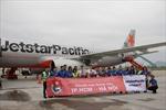 Rộn ràng chuyến bay Thanh niên của Jetstar Pacific