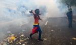Phe đối lập tiếp tục biểu tình gây bạo loạn tại Venezuela