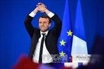 Bầu cử Pháp: Ứng cử viên 39 tuổi Emmanuel Macron dẫn đầu vòng 1
