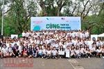 Làm sạch công viên Thống Nhất nhân Ngày Trái Đất 2017