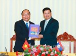 Thủ tướng Nguyễn Xuân Phúc gặp các đồng chí lãnh đạo Đảng, Nhà nước Lào