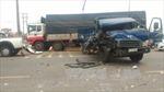 4 xe tải va chạm liên hoàn, 2 xe lao vào nhà dân
