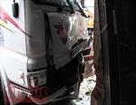 TP Hồ Chí Minh: Xe container tông liên hoàn, một bé trai tử vong
