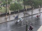 Thời tiết ngày 6/5: Miền Bắc mưa rào và dông lốc, miền Nam nắng nóng