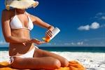 Hàng loạt kem chống nắng ở Mỹ bị 'khai vống' chỉ số SPF