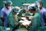 Cứu sống sản phụ bị vỡ tử cung, thai nhi chui vào ổ bụng