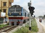 Lo 'gà nhà đá nhau', ngành đường sắt vội hợp nhất vận tải hành khách