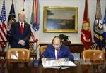 Hình ảnh Thủ tướng Nguyễn Xuân Phúc gặp gỡ Tổng thống Donald Trump
