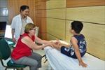 Xoa dịu nỗi đau cho những trẻ khuyết tật vận động