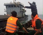 Cứu sống 10 thuyền viên gặp nạn trên vùng biển đảo Cồn Cỏ