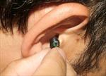 Phát hiện thí sinh sử dụng tai nghe đọc chép bài thi môn Toán