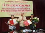 Sau 2 năm chờ đợi, hai ông lão Bắc Ninh chống tiêu cực đã được trao bằng khen