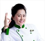 Giới thiệu món phở từ chuyên gia ẩm thực Phan Tôn Tịnh Hải cho du khách đến sân bay Việt Nam