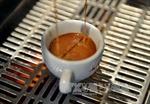 Uống cà phê thường xuyên giúp kéo dài tuổi thọ